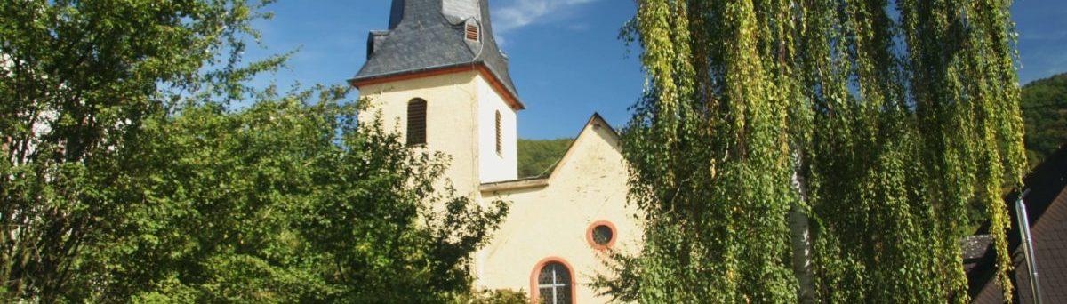 die Kirche in Wolf 5678